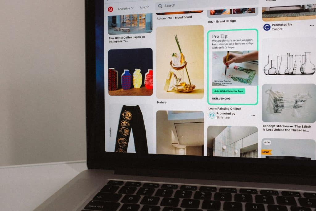 """If you're wondering """"What is Pinterest good for?"""", today you'll find out the purpose of Pinterest and why you should use it as business or blogger."""